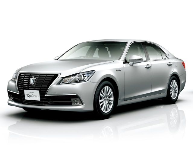 Toyota-Crown-2012-16