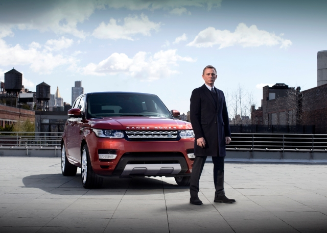 all-new_range_rover_sport_daniel_craig_nyc_260313