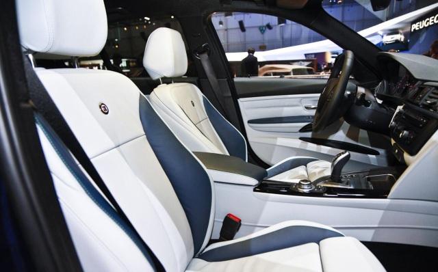 Alpina-BMW-B3-BiTurbo-interior