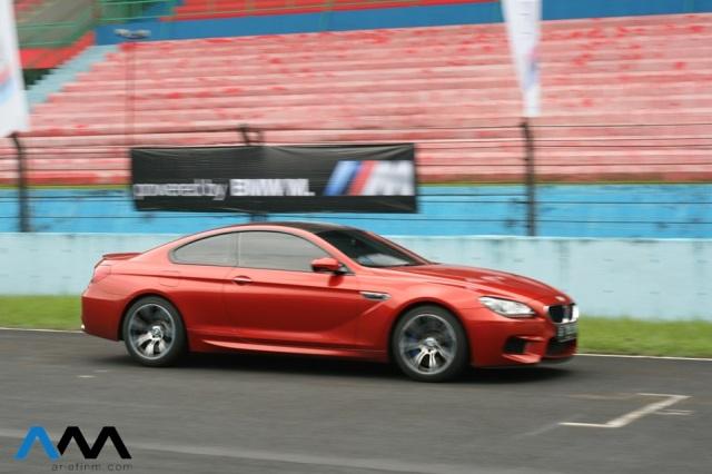 BMW M6_pan